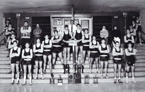 From left: S. Janusheske, E. Nockels, R. Israel, E. Cargill, P. Weiner, S. Anderson, M. Pfaff, K. Erickson, T. Smith, M. Storandt, Coach Zurfluh, A. Polhamus, J. Janusheske, C. Buckley, J. Dutton, P. Leuck, J. Erickson, K. Cargill, B. Knudtson, C. Lombard, T. Sharp, Coach Smith, Coach Montgomery, Manager Jenny Beach, Manager J. Nichols